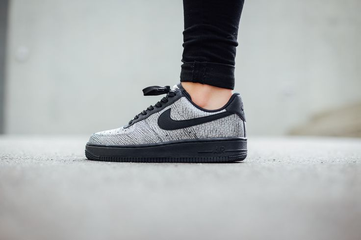 Nike Wmns Air Force 1 07 Premium