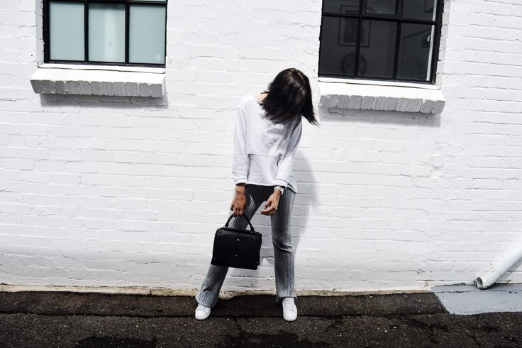 Trending: grey on grey | Pic from @Whiteandcapsule
