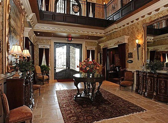 Castle Post Hotel My Hubby S Hometown Of Versailles Ky Has A Let Go Pinterest And Castles