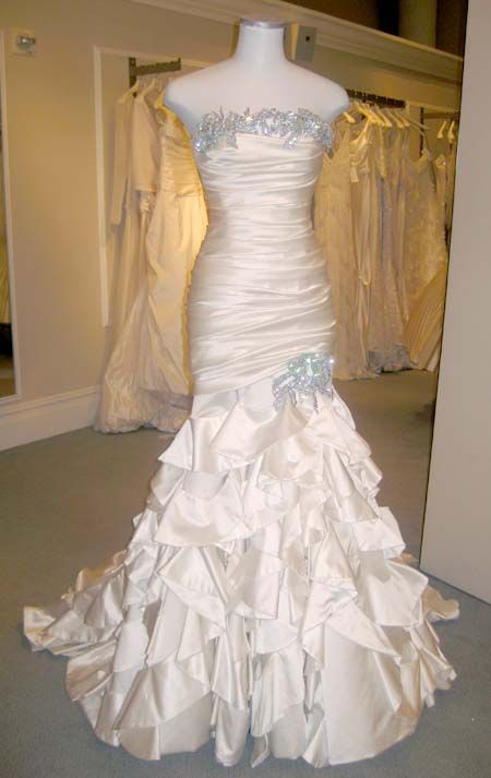We just celebrated Pnina Tornai's birthday at Kleinfeld and finished having an incredible fashion show and trunk show with her. The theme of her fashion show was Diamonds and Bows, and this gown certainly represents that theme perfectly! Her fashion show was one of my favorites at market we