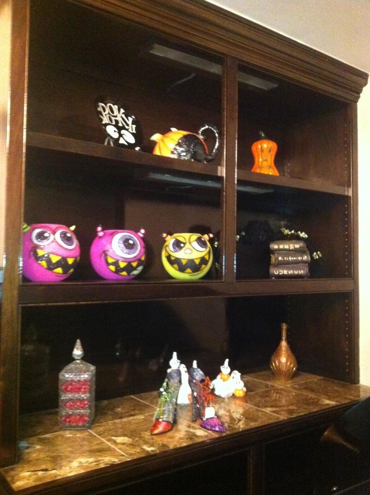 Halloween decorations!!! @Kim   Around the house   Pinterest