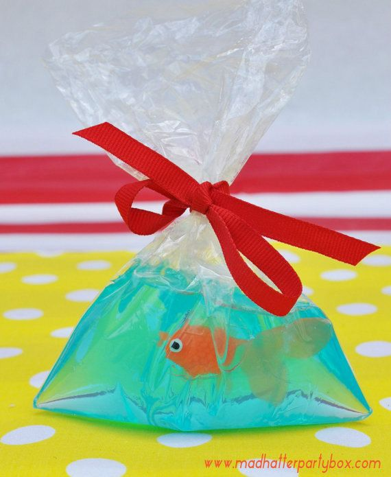 Carnival Party Favor Bags: Circus party bags by MadHatterPartyBox
