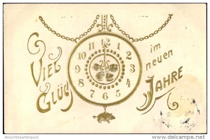 Gaufré Cp Glückwunsch Neujahr, Uhr Mit Schwein Als Pendel - Neujahr