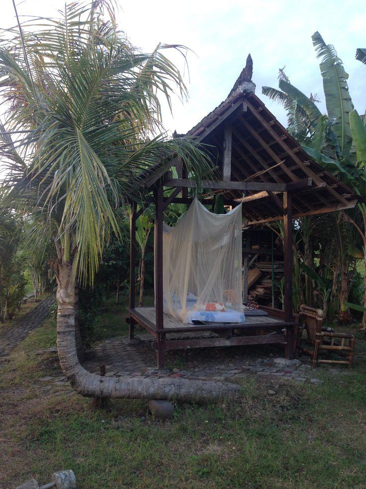 my outdoor bed @medewisurfhomestay