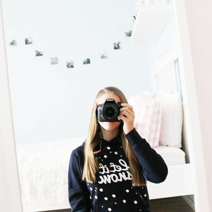 """""""Guten Morgen ❄⛄ #me #roominspiration #letitsnow  Ich hoffe jedes Jahr auf weiße Weihnachten, aber diesmal ist es leider nichts geworden  Mein neuer…"""""""