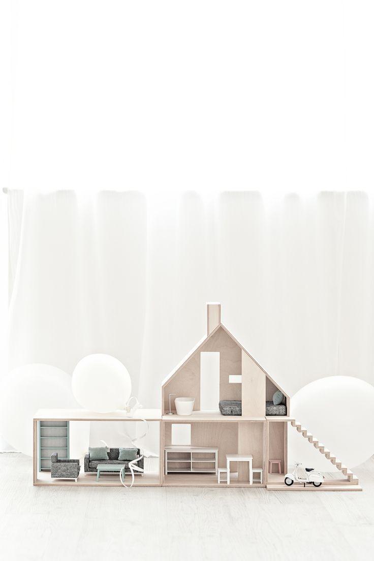 Boomini Doll House - Mini Wood