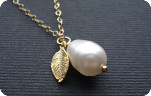 How To Clean Jewelry {costume, silver, gold, pearl ...