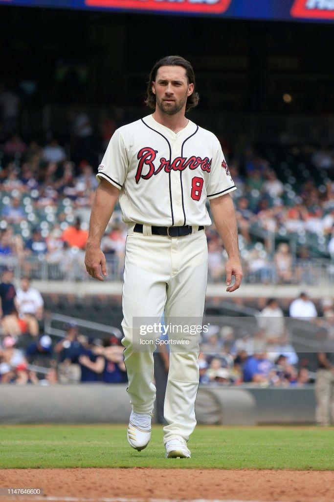 Atlanta Braves Outfielder Charlie Culberson During The Mlb Game Braves Atlanta Braves Atlanta Braves Baseball