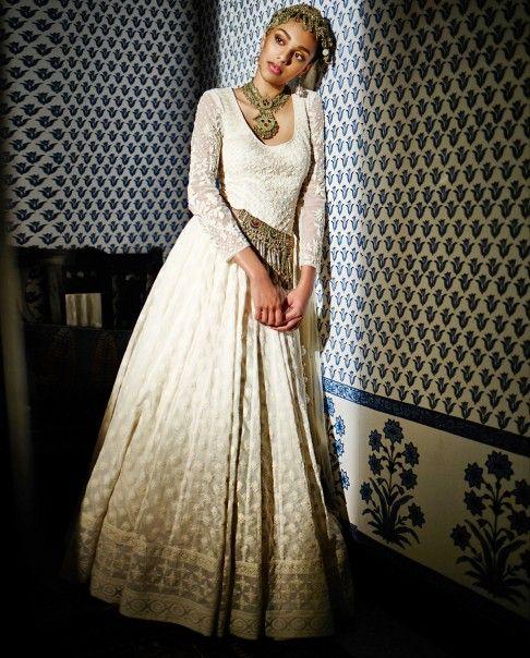 Indumukhi Gown