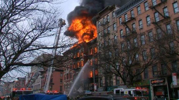 ΓΙΑΝΝΗΣ ΡΑΧΙΩΤΗΣ             GREECE-DATA-BANΚ: Συμβαίνει τώρα: Έκρηξη στο Μανχάταν (Φωτογραφίες)