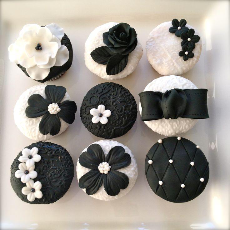 Elegant Black And White Cupcakes Cakes Pinterest
