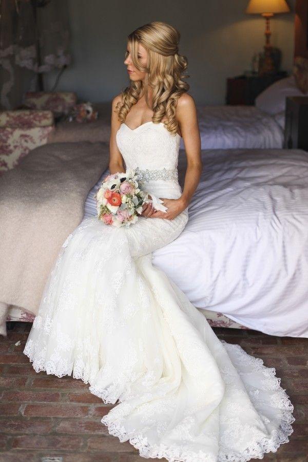 La Sposa, Mullet wedding dress