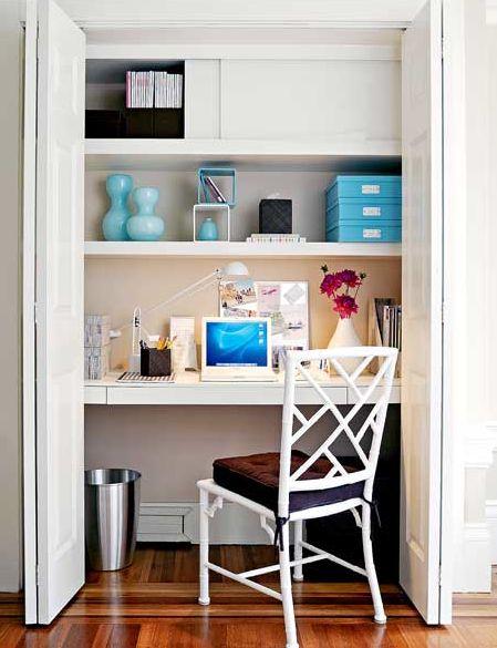 SANITY FAIR: Working the Closet