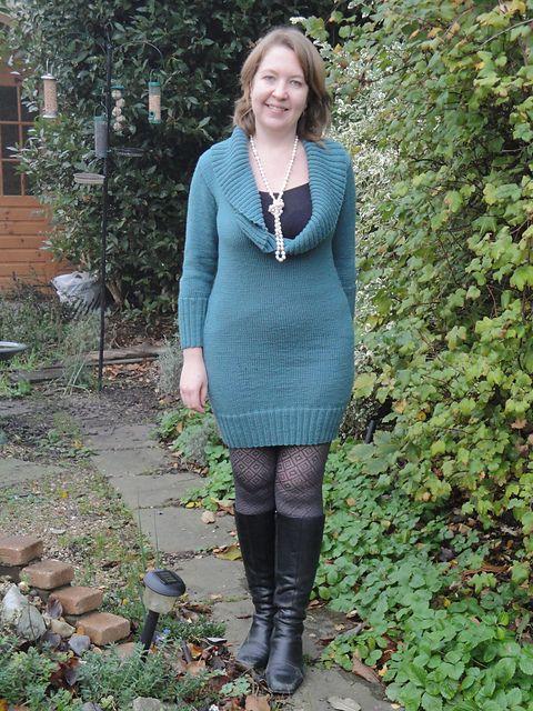 Ravelry: hanwellknitter's Cowly Sweater Dress