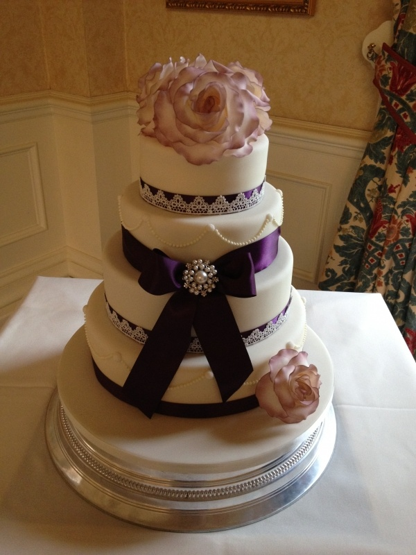 wedding cakes with ribbon and pearls satin ribbon bow with brooch lace satin ribbon for 26101