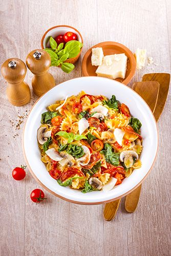 CUISINE_COMPANION-MONTHLY_RECIPES-OCTOBER-10_MINUTES_RECIPES-CL-HD-DISH-ONE_POT_PASTA