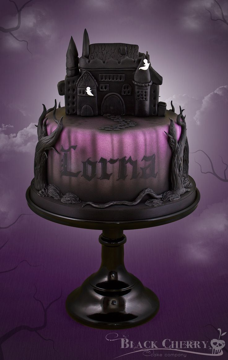 Haunted House Cake ~ Black Cherry Cake Company - For all your Halloween cake decorating supplies, please visit http://www.craftcompany.co.uk/occasions/halloween.html