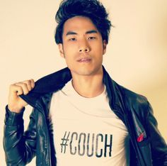 i have such a crush on Eugene Lee Yang, gosh he is always so funny and seems so cool plus soooooooo fine..