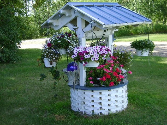 70 Best Wishing Wells Images on Pinterest Woodworking Crafts Wood