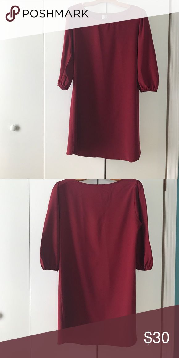 Ivy and Leo boutique dress Ivy and Leo boutique dress. Size large. Perfect for fall! Worn three or four time. Very light weight material. Dresses