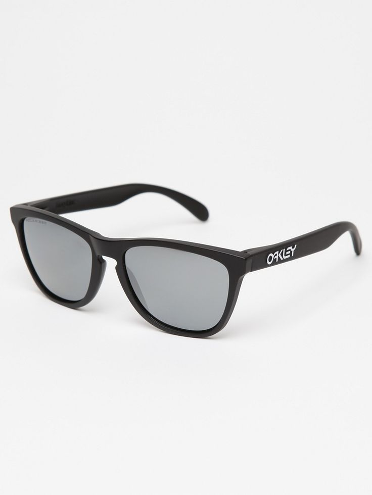 Oakley Frogskin Sunglasses - have the maroon, love them!