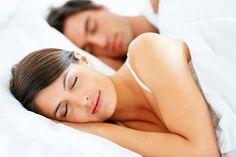 L'insomnie est un trouble du sommeil caractérisé par la difficulté à s'endormir ou à rester endormi. Cela conduit à une fatigue diurne, de mauvaises performances, des céphalées de tension, de l'irritabilité, de la dépression et d'autres problèmes. L'insomnie est généralement de deux types: aiguë et chronique. – L'insomnie aiguë est généralement plus fréquente et dure …