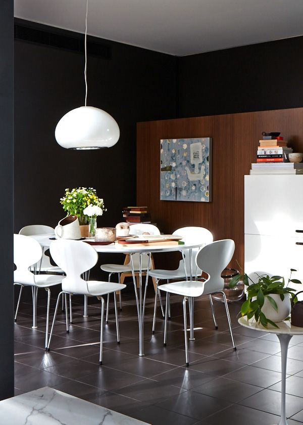 Exceptional The St Kilda Home Of Interior Designer Paul Hecker Of Hecker Guthrie. Dining  Room Details U2013 Flos Black And White Pendant Light, Fritz Hansen Table And  Ant ...