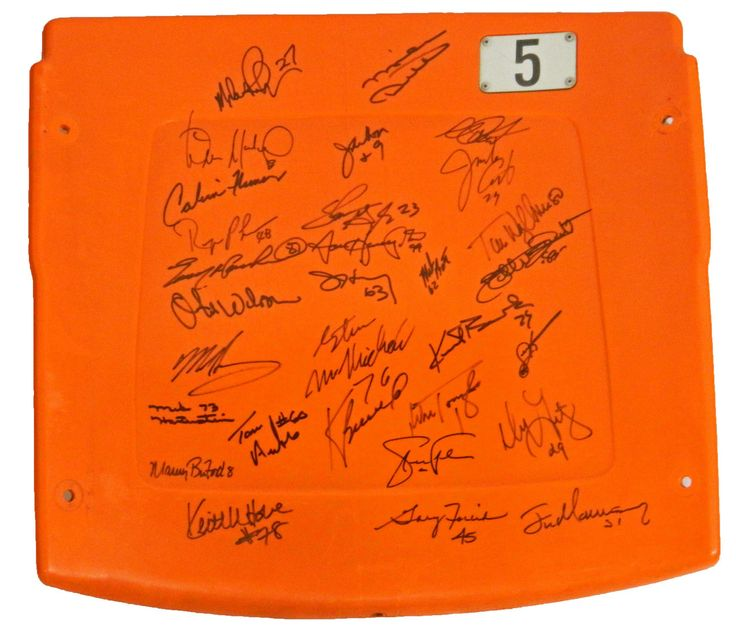 1985 Chicago Bears Team Signed Soldier Field Seatback (30 Sigs)