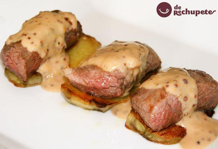 Cómo preparar una receta de carne en salsa de mostaza. Un plato muy sencillo con secreto ibérico acompañado de una salsa deliciosa. Paso a paso y consejos