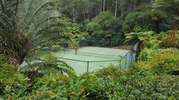 What a beautiful place to play tennis