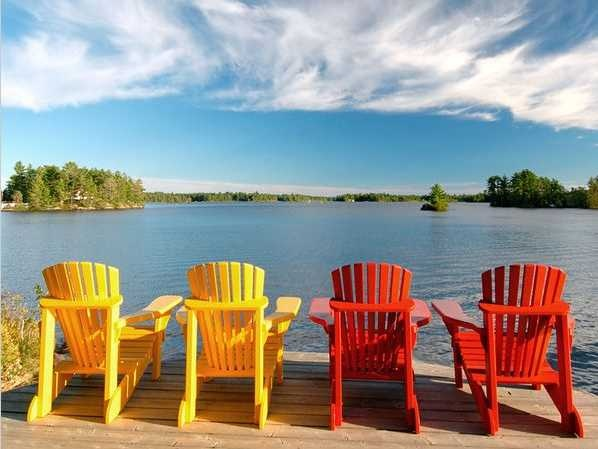 This would be the life!  Muskoka Cottage Country, Ontario  #CDNGetaway