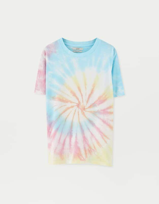 a9d22e90efc48 T-shirt tie-dye em cores pastel in 2019 | Liked Pins | Tie dye ...