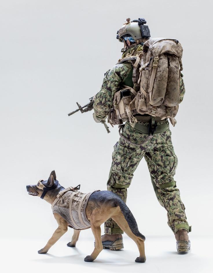 DAMTOYS 78044A - FBI SWAT Team Agent - San Diego, 12 inch