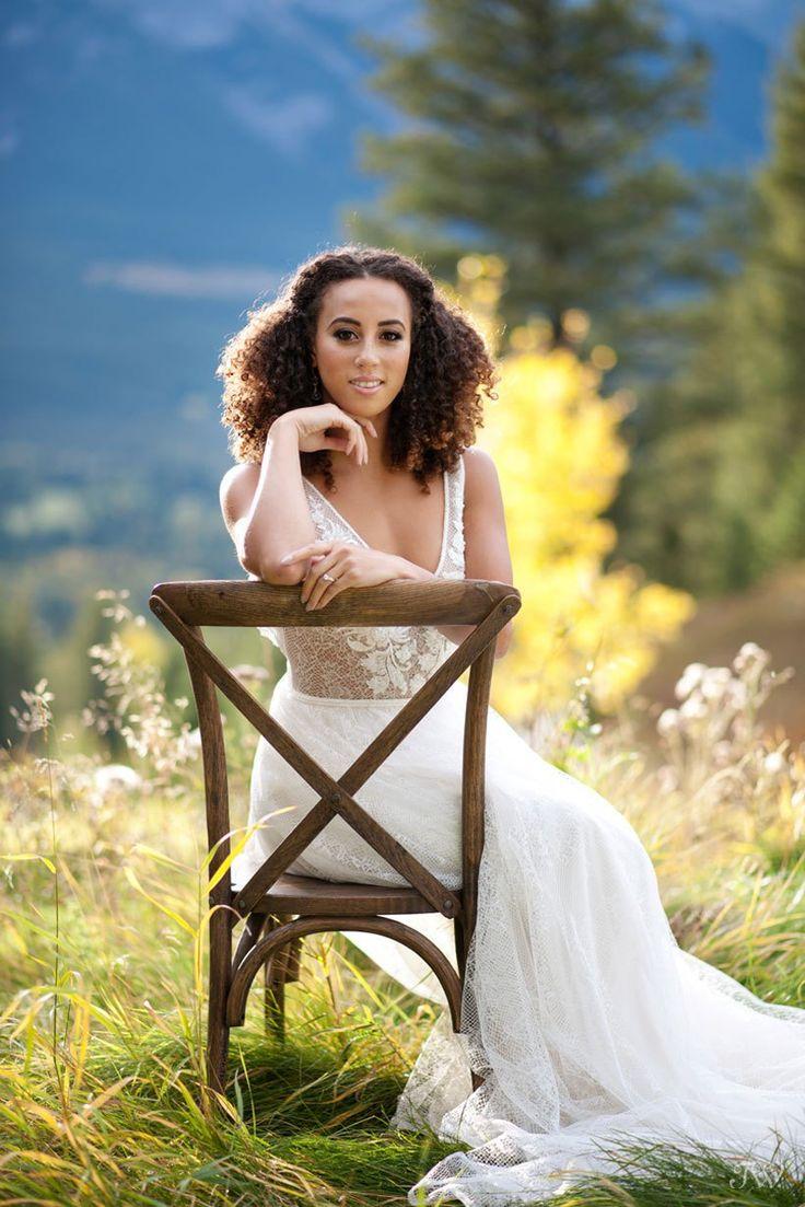 Mountain bride at her Silvertip wedding captured by Calgary wedding photographer Tara Whittaker | Canmore Weddings
