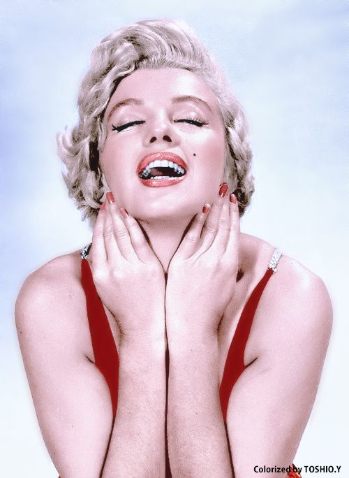 Marilyn Monroe photographed by Philippe Halsman,1954