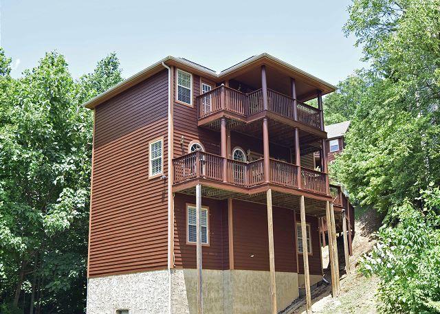 Gatlinburg Vacation Rentals - Gatlinburg Cabin / Bungalow - 912 Park View - 912 Park View
