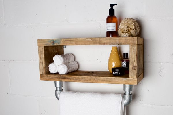 Reclaimed Scaffold Board Pigeon Hole Bathroom Shelf with Scaffolding Rail #Table #vintage #industrial #furniture #forsale