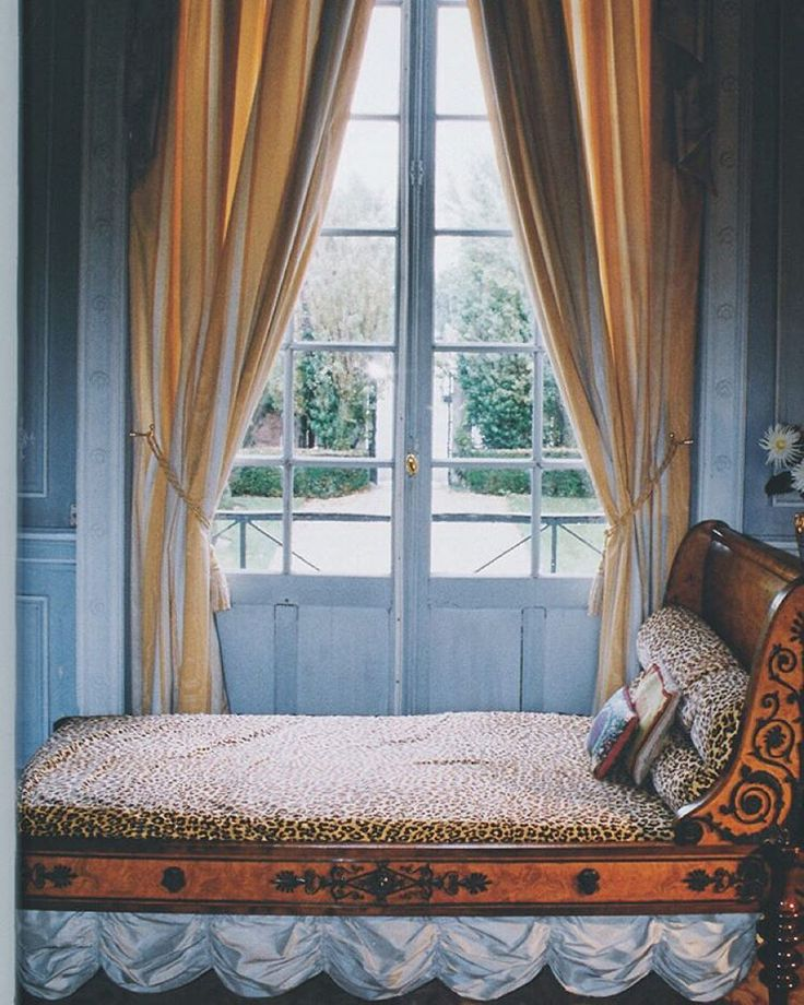 """Daybed in 'Temple de la Gloire' the home of Diana Mitford Guinness Mosley. Orsay, France. From """"The Finest Houses in Paris""""."""