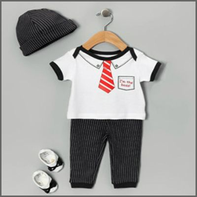Mon Cheri Baby Boy 4 Piece Set. Oh so sweet for your precious new boy! This fabulous 4 piece boxed gift set by Mon Cheri Baby features a 'I'm the boss' tee with matching pants, a gorgeous matching beanie and booties! Just perfect for your new little prince!