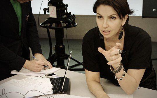 Наталья Синдеева во всех смыслах лицо Дождя — она не только руководит телеканалом, но и ведет одну из программ
