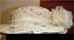 Crocheted Plastic Bag HatPattern  BySherri Osborn,About.com Guide ~ I think you need more bags for the hat pattern I pinned