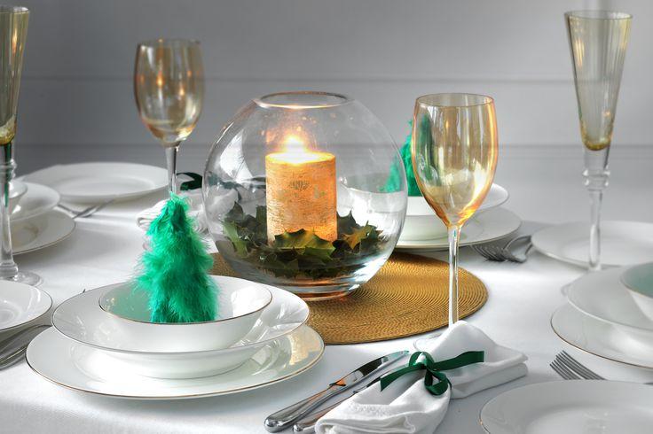 Perfect Christmas tablesetting. Serendipity Gold by Pormeirion #SerendipityGold #Portmeirion #Christmas #Christmas2016