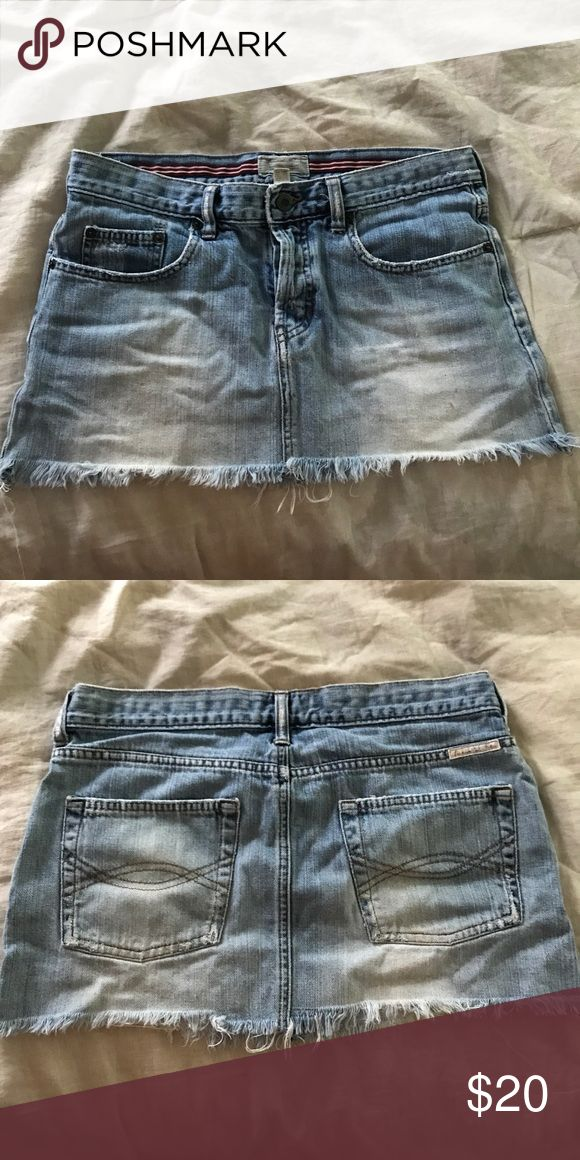 Abercrombie skirt sz 4 Abercrombie and Fitch denim distressed skirt size 4 Abercrombie & Fitch Skirts Mini