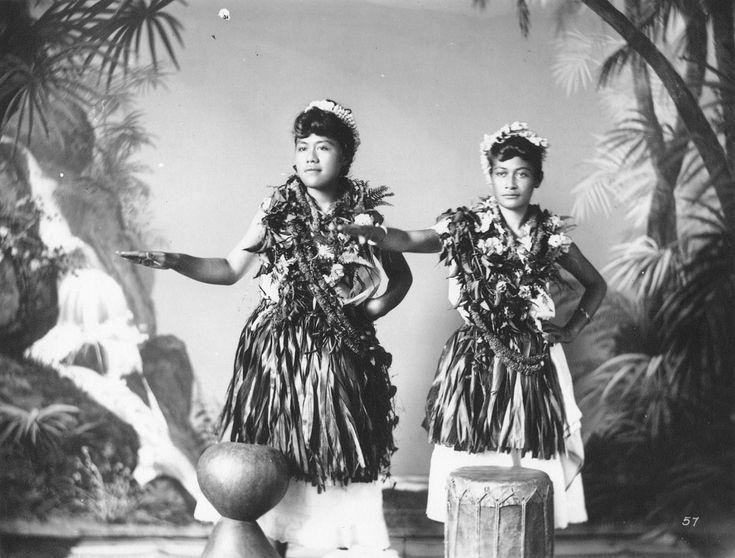 Hula dancers, photograph by J. J. Williams (PPWD-6-4.028).jpg