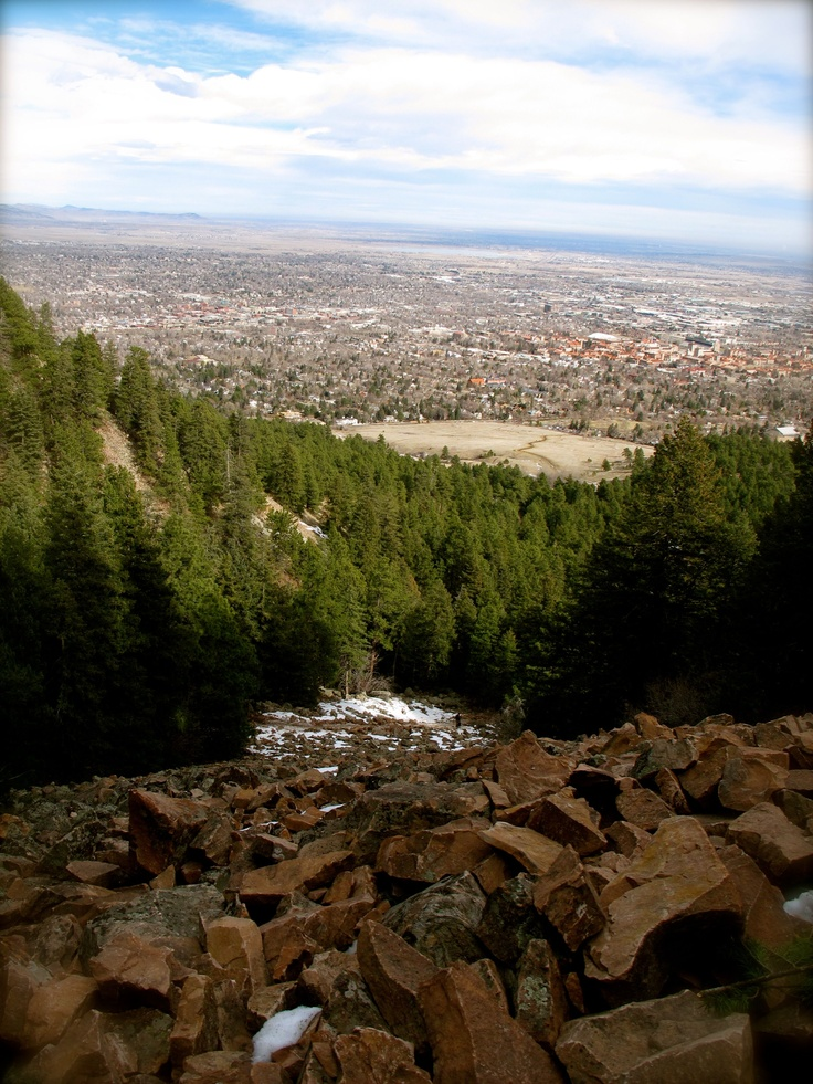 Chataqua Park! - The Colorado Chautauqua, located in Boulder, Colorado, started in 1898, is the only Chautauqua west of the Mississippi River still continuing in unbroken operation since the heyday of the Chautauqua Movement in the 1920s.