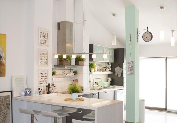 17 mejores im genes sobre cocinas con pilares en pinterest - Decorar columnas salon ...