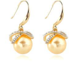 Luxusné náušnice s perlami v zlatej farbe