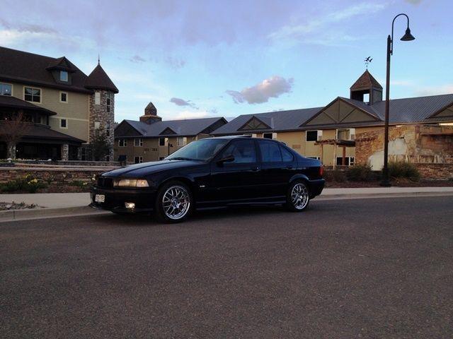 Car brand auctioned:BMW: M3 M3 1998 Car model bmw m 3
