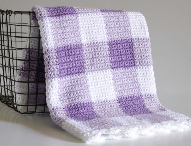 I'm beyond thrilled to share this purple gingham crochet blanket pattern with you! I've also made this blanket in pink and black if you'd like to see more