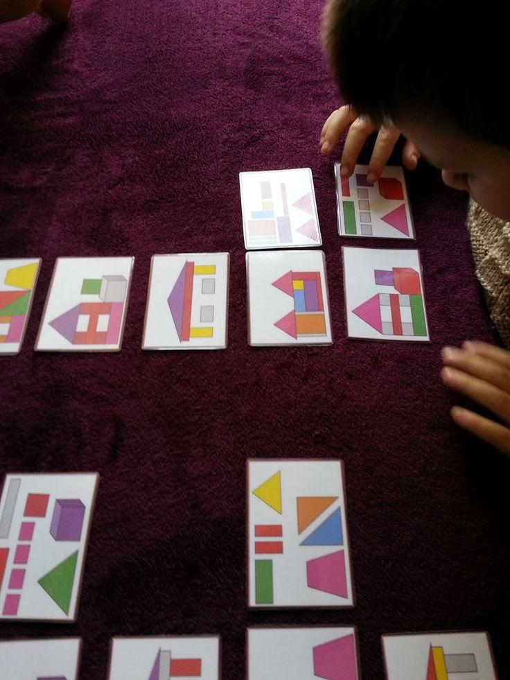 Dzisiaj szybka prezentacja zabawy, którą sama wykonałam dla Ignasia. Składa się z 24 kart (12 z nich przedstawiają budowle, drugie 12 to el...